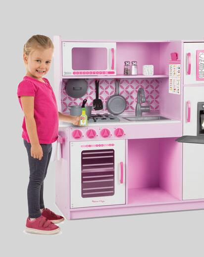 Play-sets & Kitchens